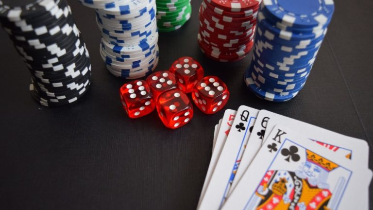 Can Playing Poker Make You a Better Investor